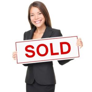 real-estate-agent-SOLD_sign